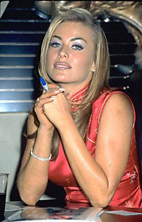 BabeStop - World's Largest Babe Site - carmen_electra135.jpg